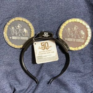 Disney's the haunted mansion Mickey ears